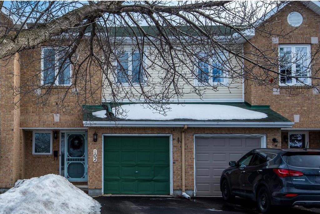 102 Grassy Plains Drive, Ottawa, Ontario K2M2M5