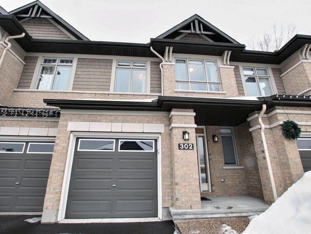 302 Melodie Street, Ottawa, Ontario K1W0H9