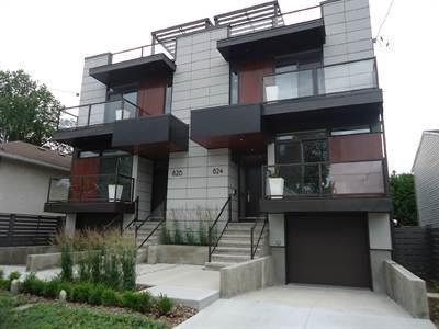 824 Ivanhoe Avenue, Ottawa, Ontario K2B5S3