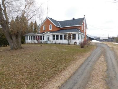 Photo of 702 Day Road, Perth, Ontario K7H3C3