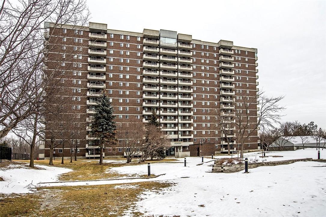 1705 Playfair Drive Unit#105, Ottawa, Ontario K1H8P6