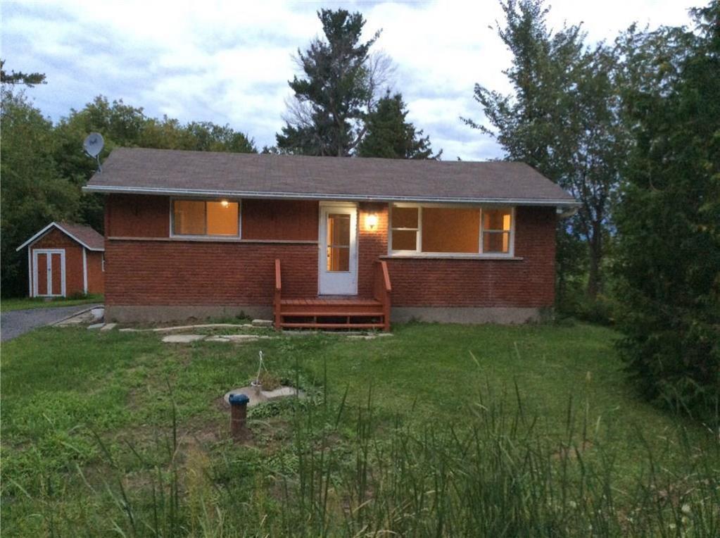 1088 Smith Road, Navan, Ontario K4B1M8
