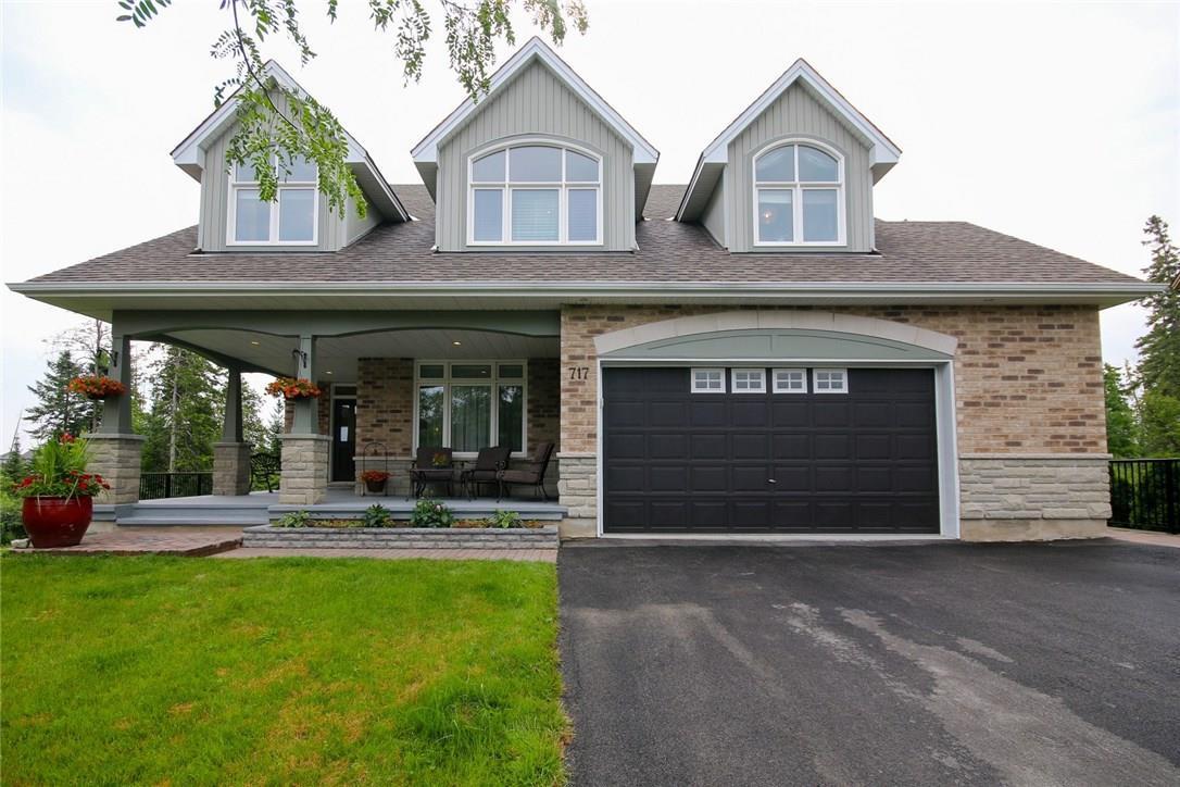 717 Eagle Crest Heights, Ottawa, Ontario K2S0T1