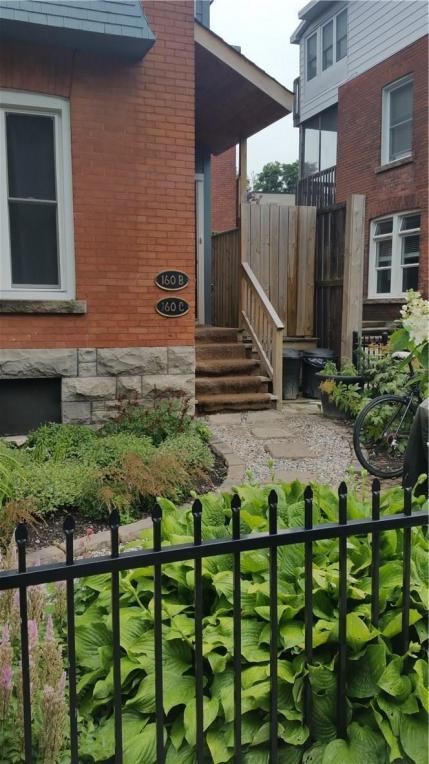 160 Waverley Street Unit#b, Ottawa, Ontario K2P0V6