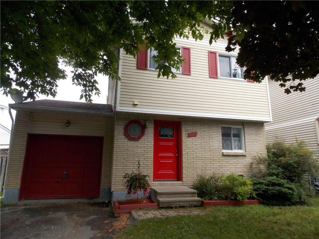 1031 Dianne Avenue, Rockland, Ontario K4K1G7