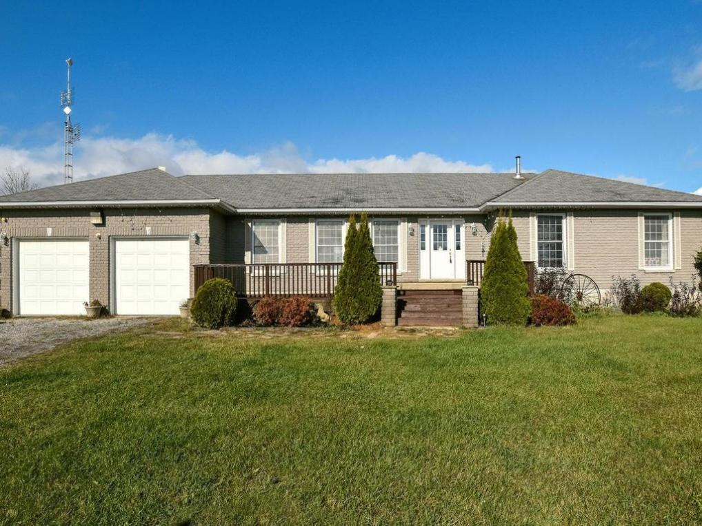 425 Jig Street, Oxford Mills, Ontario K0G1S0