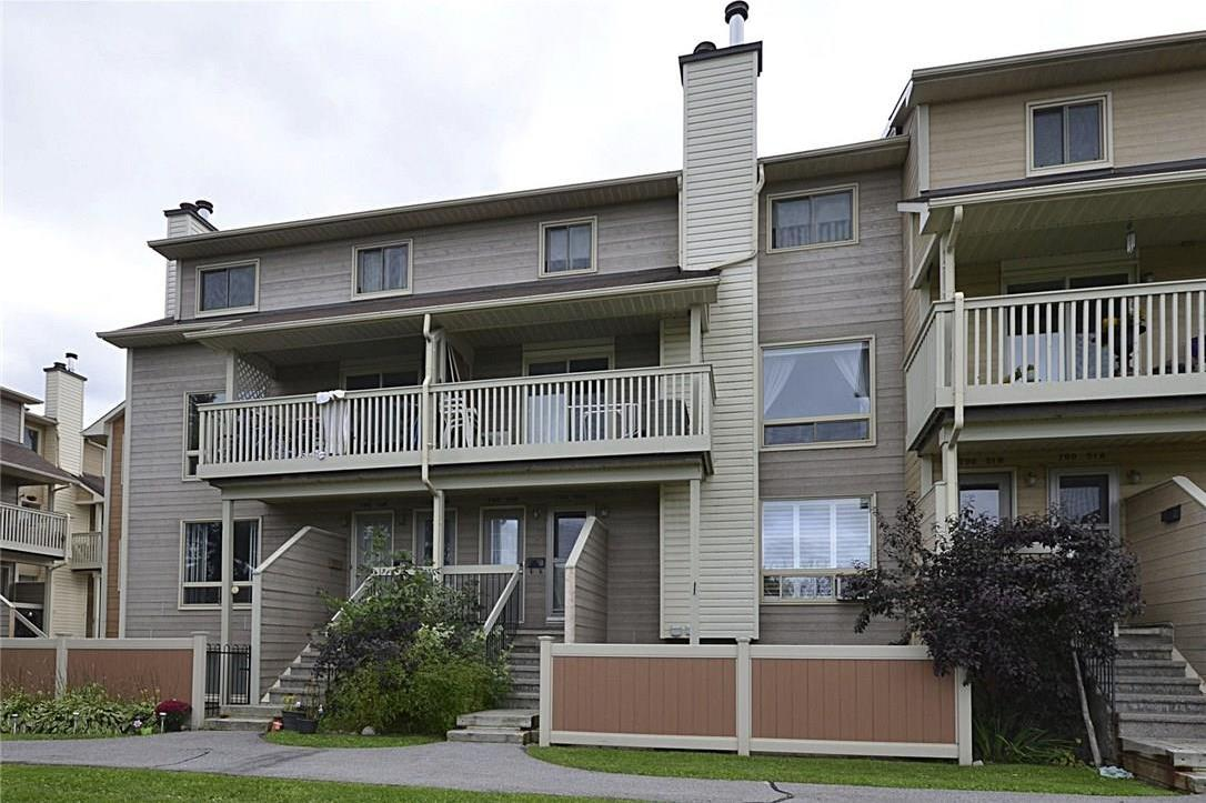 798 St Andre Drive Unit#50a, Ottawa, Ontario K1C4R4