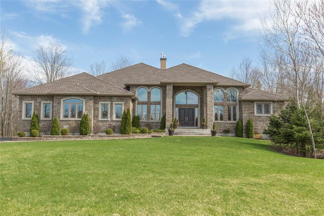 6334 Emerald Links Drive, Ottawa, Ontario K4P1M4