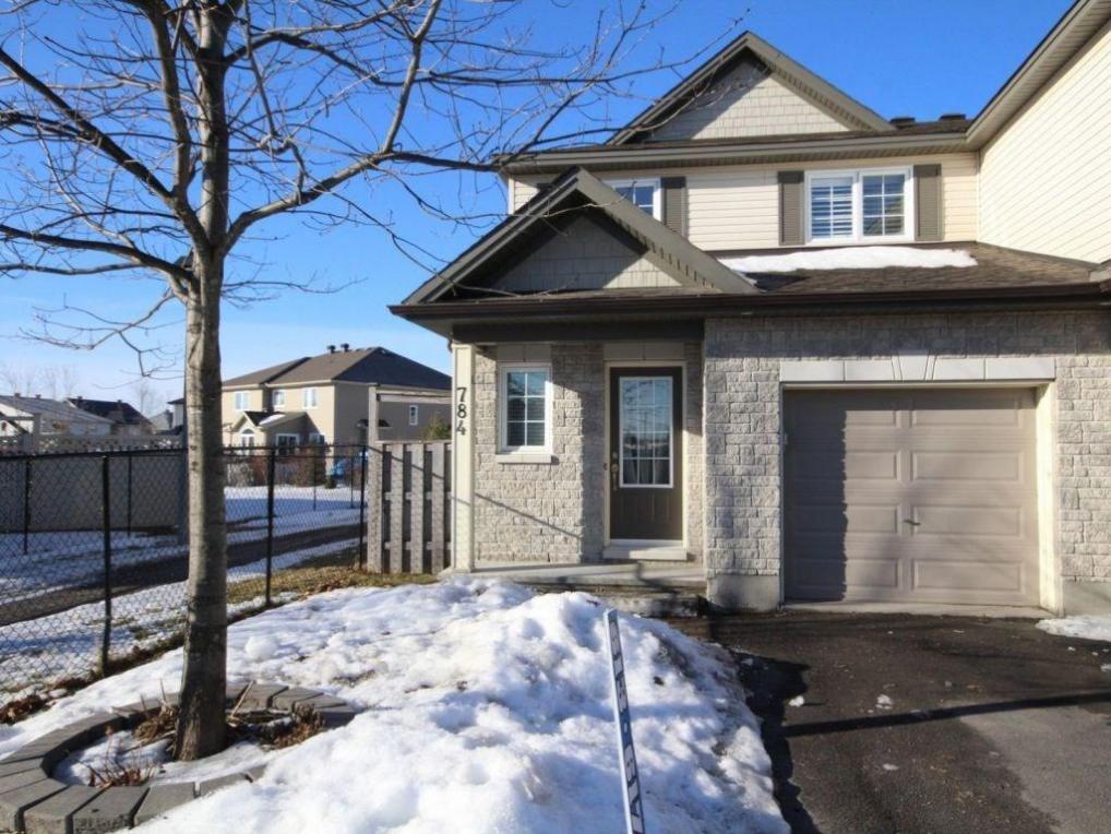 784 White Alder Avenue, Ottawa, Ontario K1T0G2