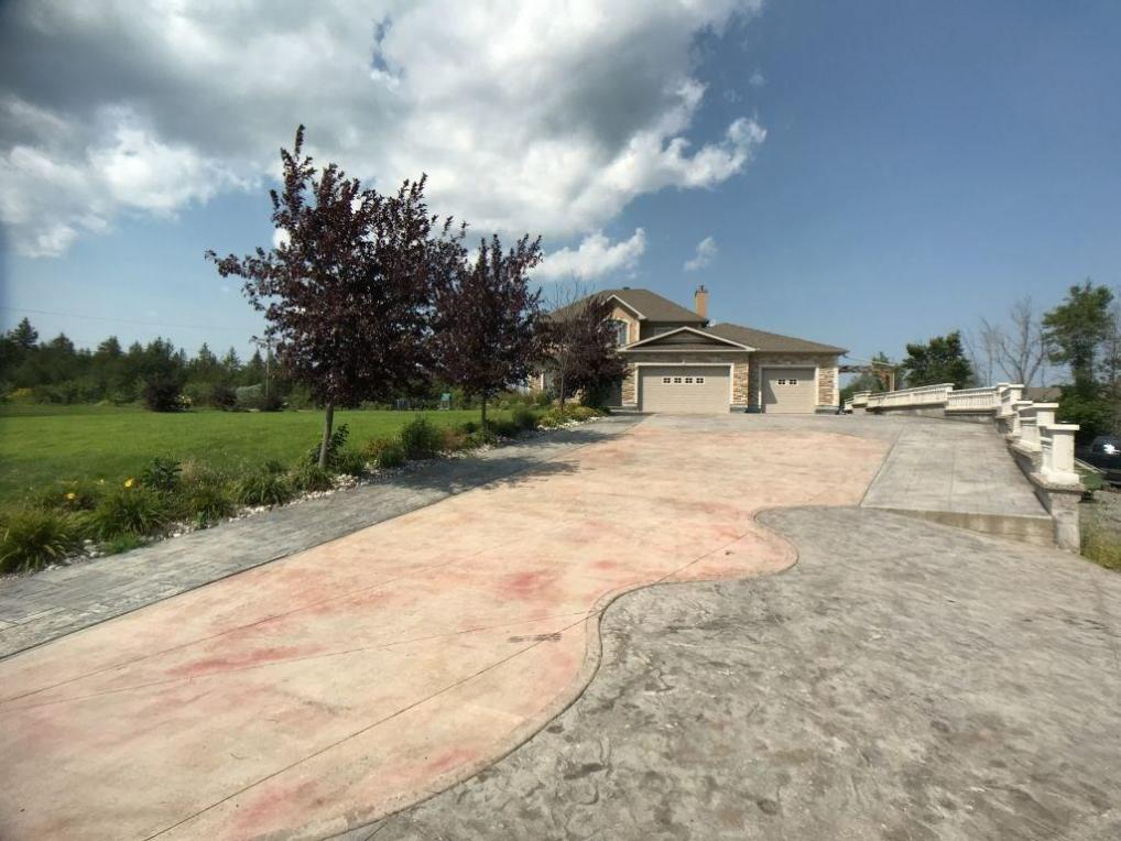 101 Country Carriage Way, Ottawa, Ontario K0A1L0
