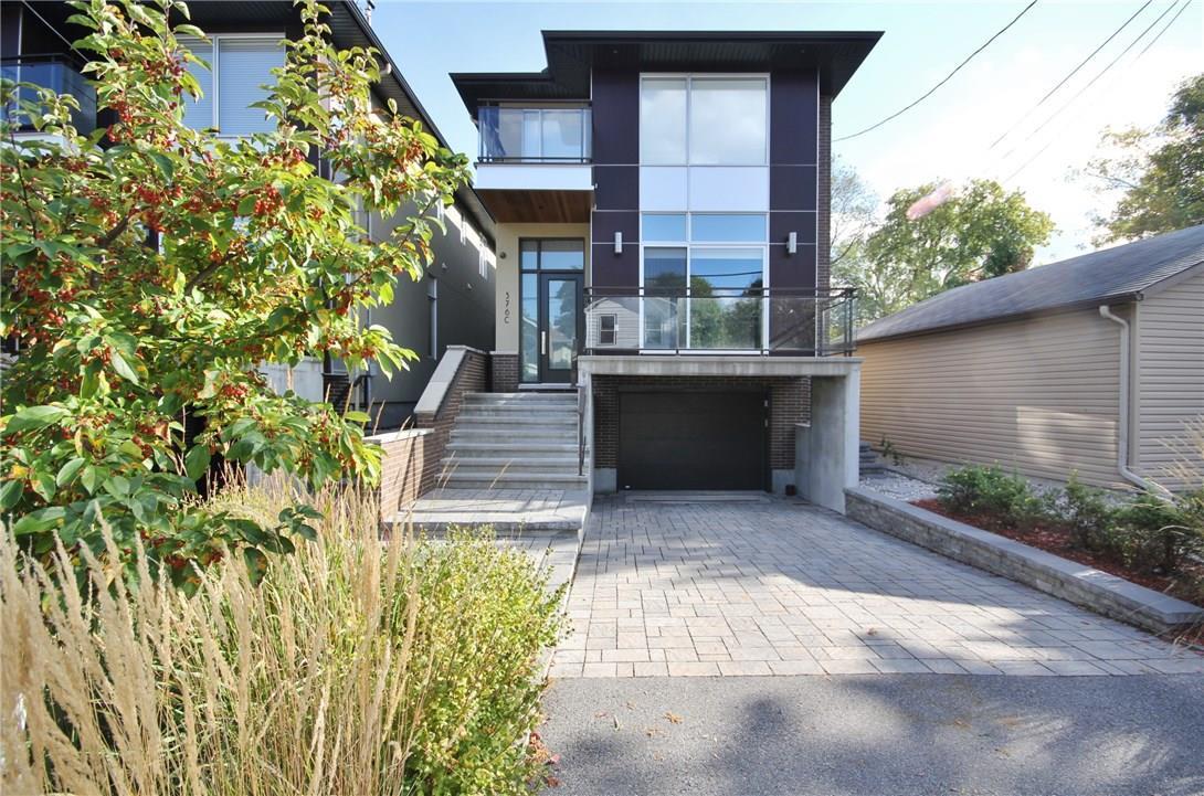 376c Wilmont Avenue, Ottawa, Ontario K2A0B2