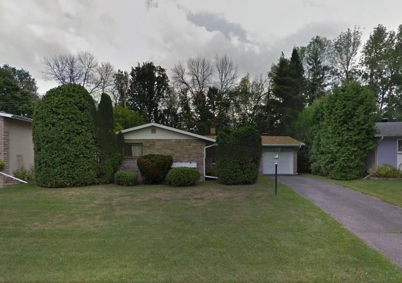 79 Stillwater Drive, Ottawa, Ontario K2H5K3