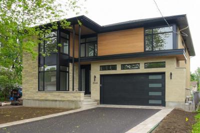 Photo of 1546 Claymor Avenue, Ottawa, Ontario K2C1T1