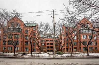 Photo of 215 Somerset Street W Unit#204, Ottawa, Ontario K2P0J1