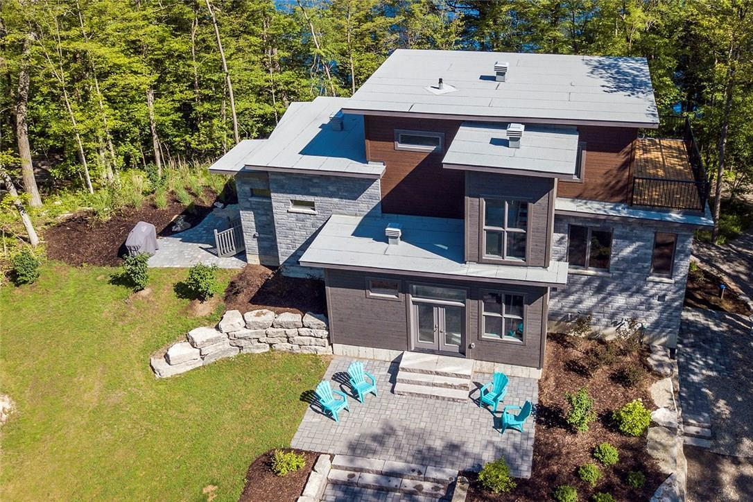 396 Miners Point Road, Perth, Ontario K7H3C5