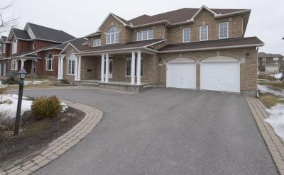 Photo of 58 Tradewinds Drive, Ottawa, Ontario K2G6Y7