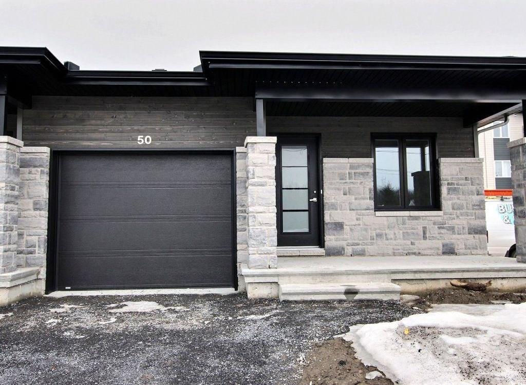 50 Benevoles Street, Limoges, Ontario K0A2M0