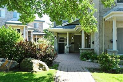 Photo of 48 Robson Court Unit#13, Kanata, Ontario K2K2W1