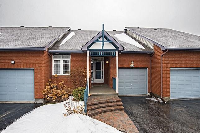 28 Briardale Crescent, Ottawa, Ontario K2E1C2