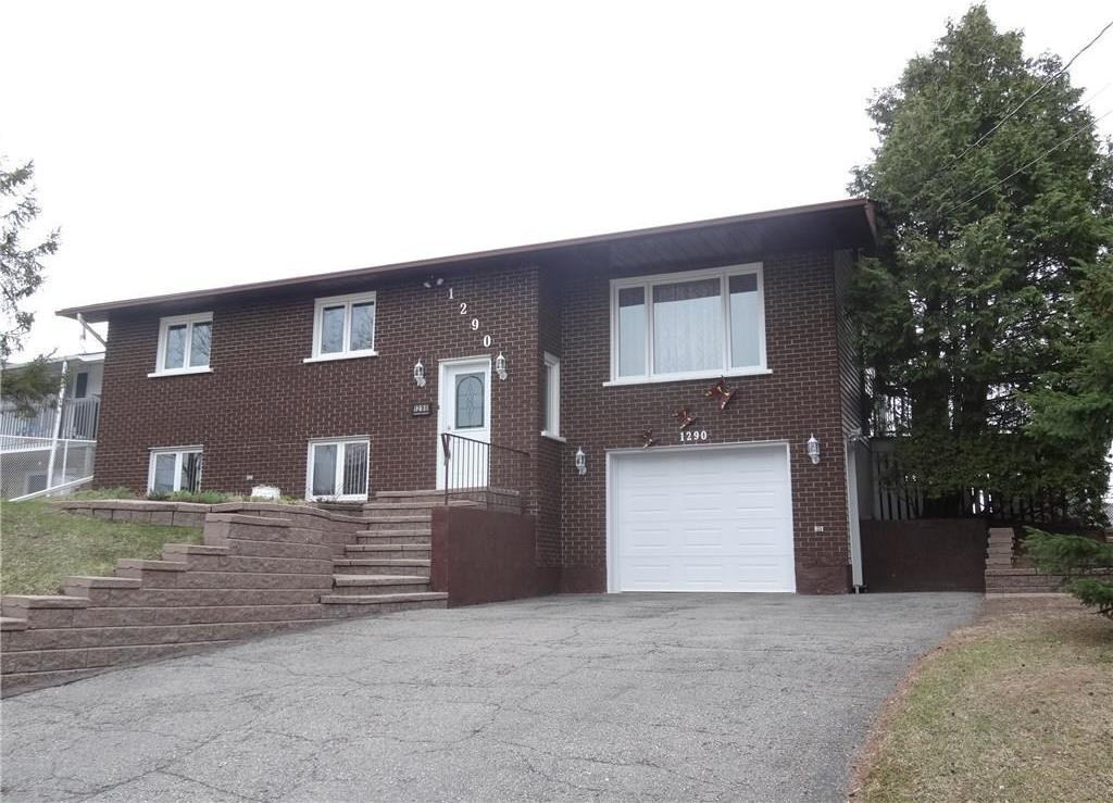 1290 Henrie Circle, Rockland, Ontario K4K1C6