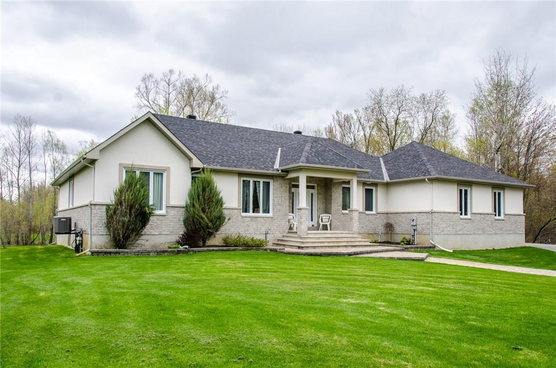 6355 Deer Valley Crescent, Greely, Ontario K4P0A9