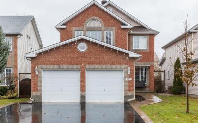 Photo of 1019 Como Crescent, Orleans, Ontario K4A3Z5