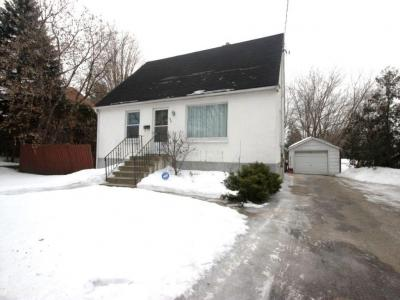 Photo of 426 Pleasant Park Road, Ottawa, Ontario K1H5N1