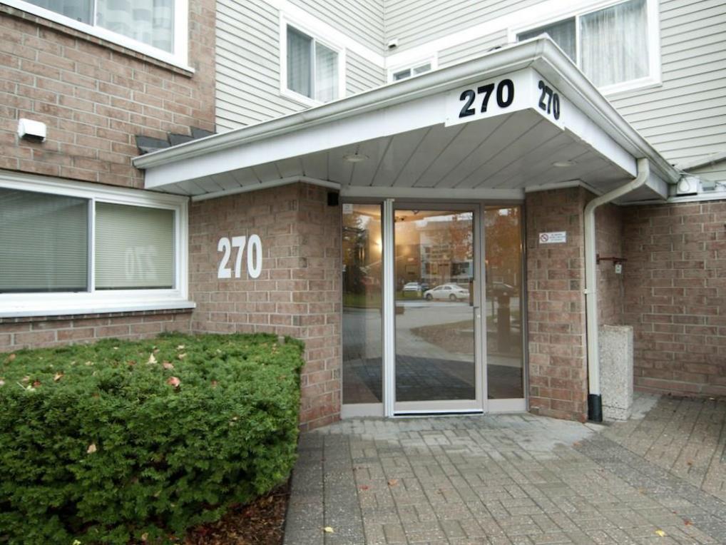 270 Brittany Drive Unit#317, Ottawa, Ontario K1K4M3