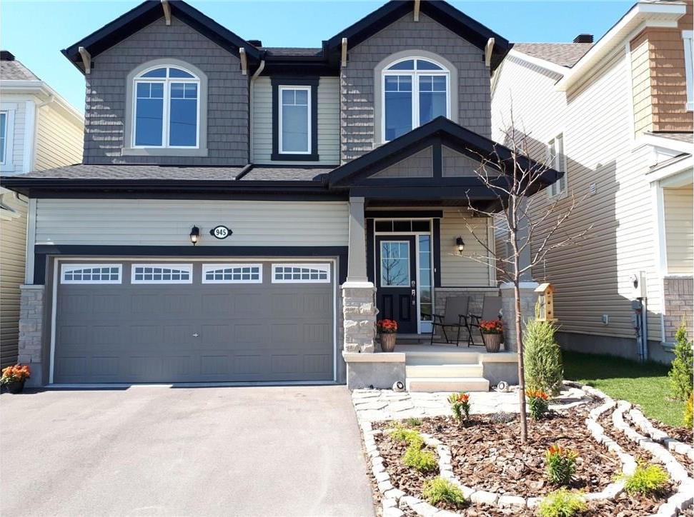 945 Shimmerton Circle, Ottawa, Ontario K2M0L4