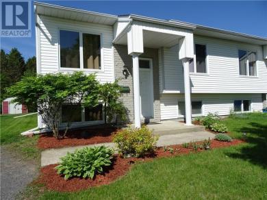 542 Devista Boulevard Unit#a, Alfred, Ontario K0B1A0