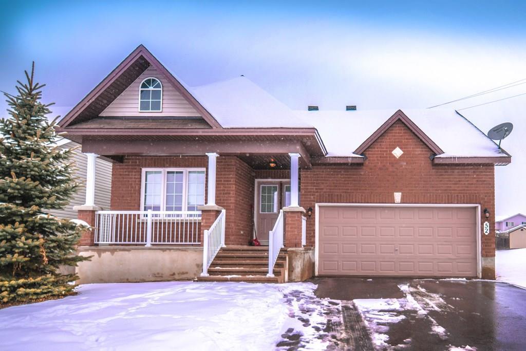 52 Moe Robillard Avenue, Arnprior, Ontario K7S0C7