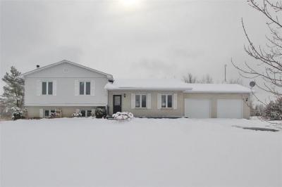 Photo of 849 9th Line Road, Carleton Place, Ontario K7C4M2