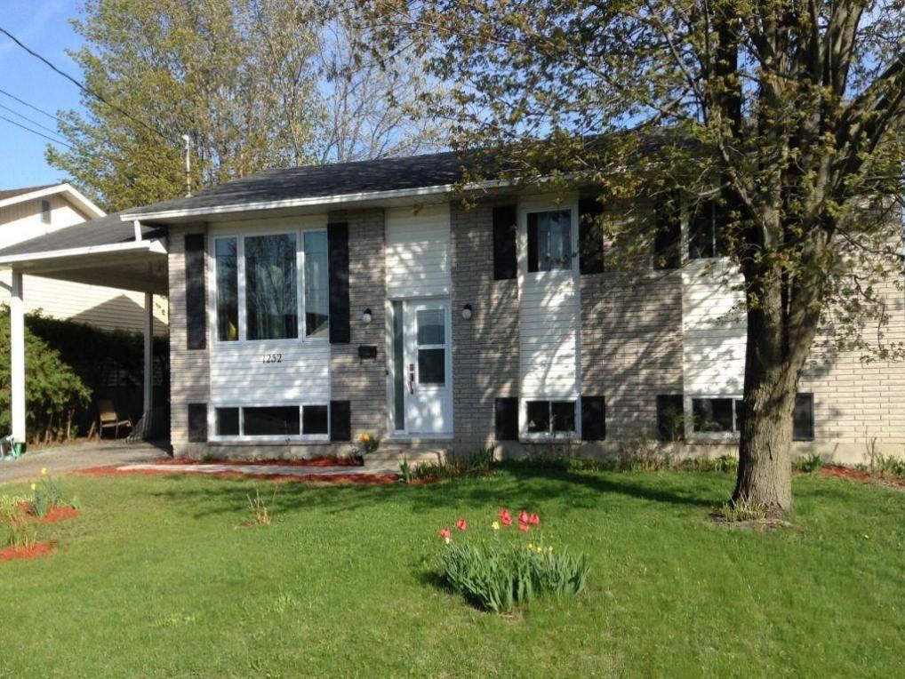 1252 Campeau Crescent, Clarence-rockland, Ontario K4K1B6
