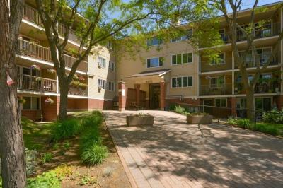 Photo of 6470 Bilberry Drive Unit#314, Orleans, Ontario K1C4P1