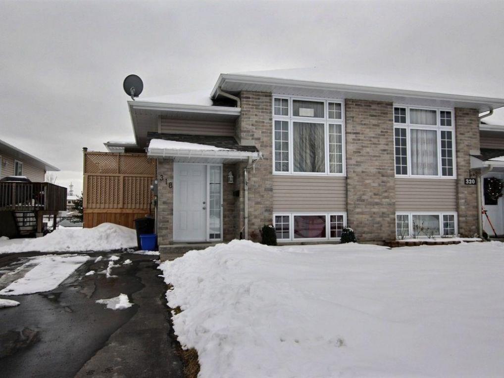 318 Ellen Avenue, Cornwall, Ontario K6J5T7