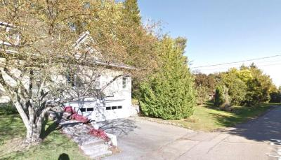 Photo of 22 Cedar Road, Ottawa, Ontario K1J6L4