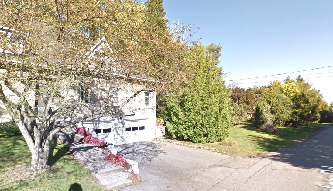 22 Cedar Road, Ottawa, Ontario K1J6L4