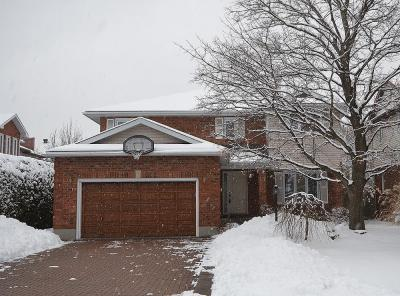 Photo of 17 Belleview Drive, Kanata, Ontario K2L3Y1