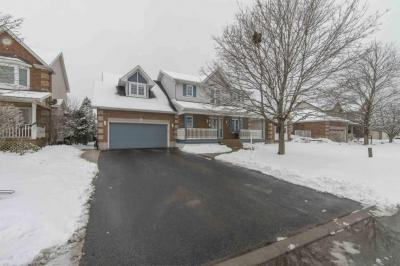 Photo of 25 Forest Creek Drive, Ottawa, Ontario K1S1P9