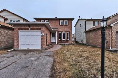 Photo of 65 Victor Street, Stittsville, Ontario K2S1H8