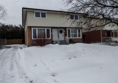 Photo of 1466/1468 Claymor Avenue, Ottawa, Ontario K2C1S6