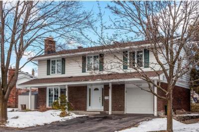 Photo of 885 Thorndale Drive, Ottawa, Ontario K1V6Y1