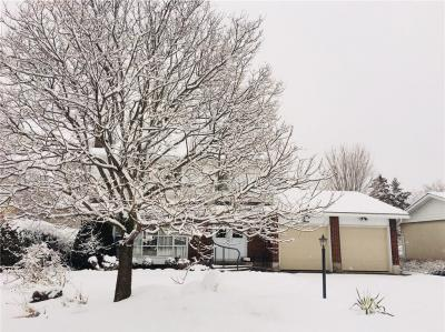 Photo of 3 Brinton Avenue, Nepean, Ontario K2H6W6
