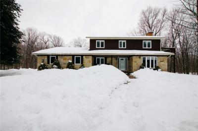 Photo of 1395 Minogue Crescent, Cumberland, Ontario K4C1B4