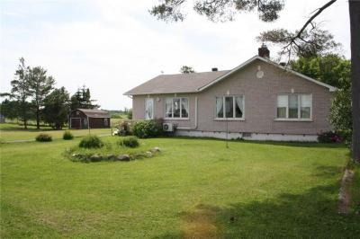 Photo of 586 Blue Corner Road, Alfred, Ontario K0B1A0