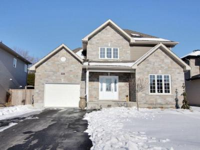 Photo of 344 Stiver Street, Russell, Ontario K4R0C1