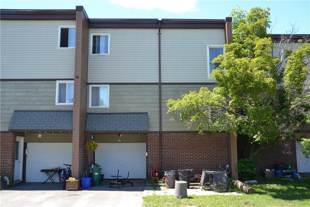 3 Harwick Crescent Unit#b, Nepean, Ontario K2H6R3