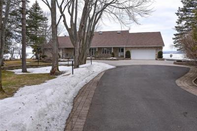 Photo of 281 Grandview Road, Ottawa, Ontario K2H8B9
