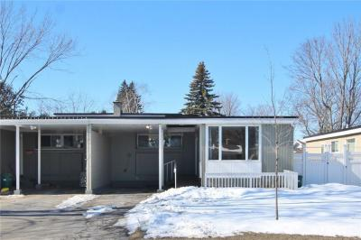 Photo of 38 Crystal Beach Drive, Nepean, Ontario K2H5M8