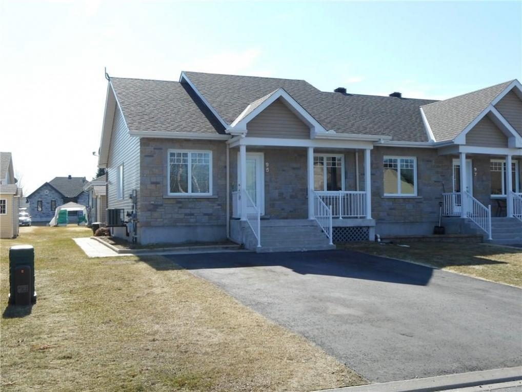 95 Pitre Street, Alfred, Ontario K0B1A0